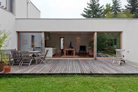 houten terras aan woning